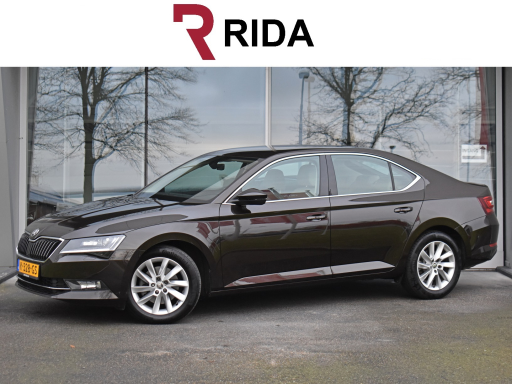 Skoda Superb 1.4 tsi act clever